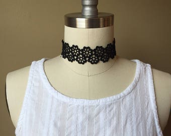 Choker /Choker necklace/Lace choker/Flower lace choker/Fashion  jewelry