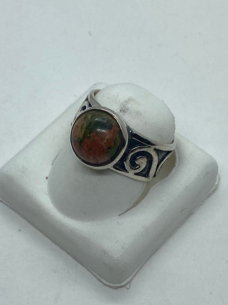 Handcrafted Sterling Silver filigree Round Unakit Ring