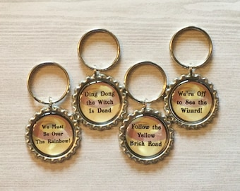 THE WIZARD OF OZ CABOCHON RUBY SHOES EMERALD CRYSTAL OZ STAR TAG CHARMS KEYRING