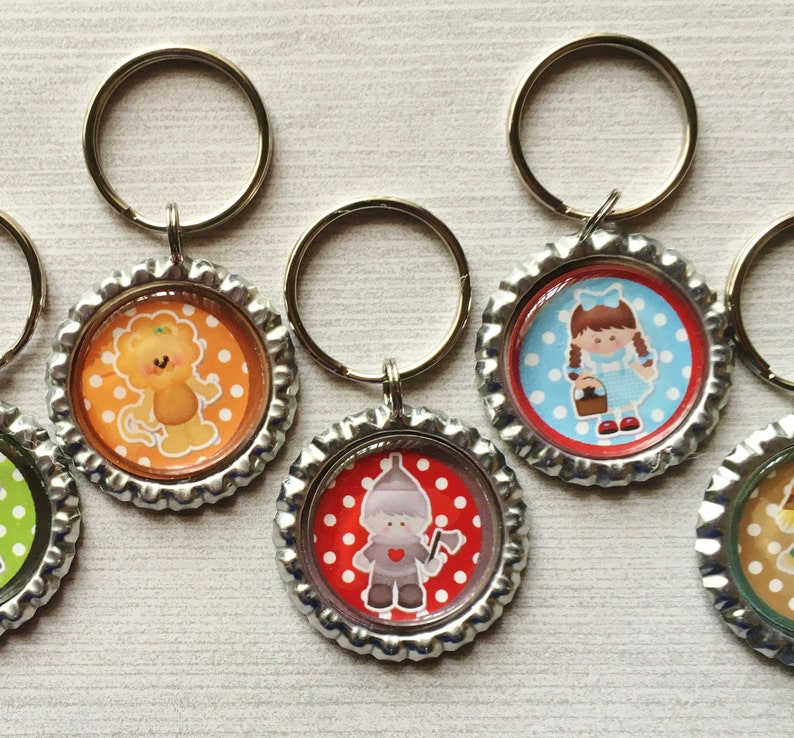 Keychain,Key Ring,Wizard of Oz,Dorothy,Key Chain,Keyring,Bottle Cap,Accessories,Bottle Cap Keychain,Gift,Party Favor,Handmade,Set of 5