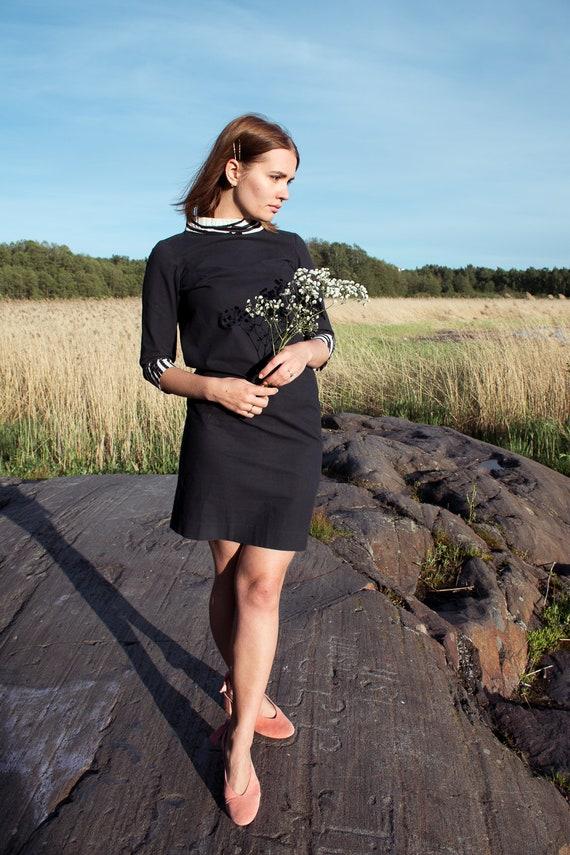 60's Vuokko sheath dress / stand up collar / littl