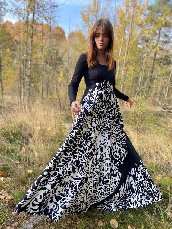 80s 90s evening dress / monochrome / maxi full dre