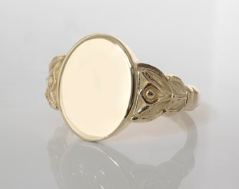 Antique Signet Ring - Vintage style signet ring Personalized monogram ring for women and men in 14K solid gold