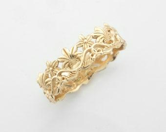 Antique Style Crown Ring - Botanical Vintage Wedding Band in 14 karat Solid Gold