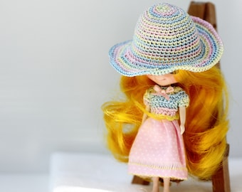 Outfit for petite blythe - dress for blythe doll - crocheted hat for miniature doll
