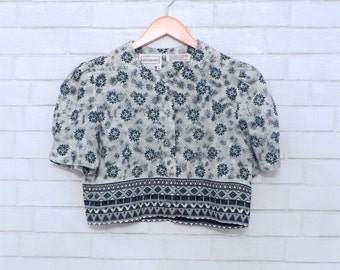 Vintage Bohemian Flowy Patterned Crop Top