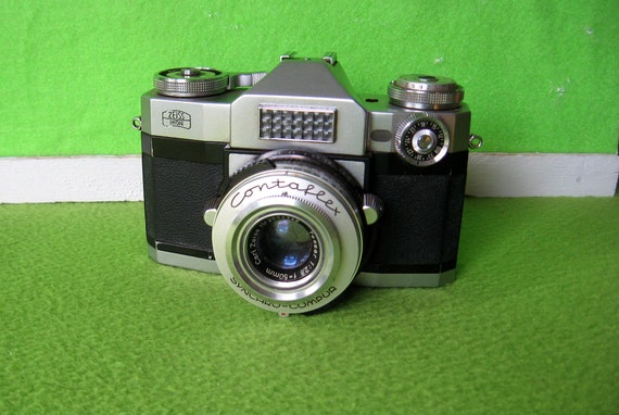Photographica, Vintage Zeiss-Ikon Contaflex Camera, by Zeiss-Ikon of  Dresden, Germany, 1959 to 1962