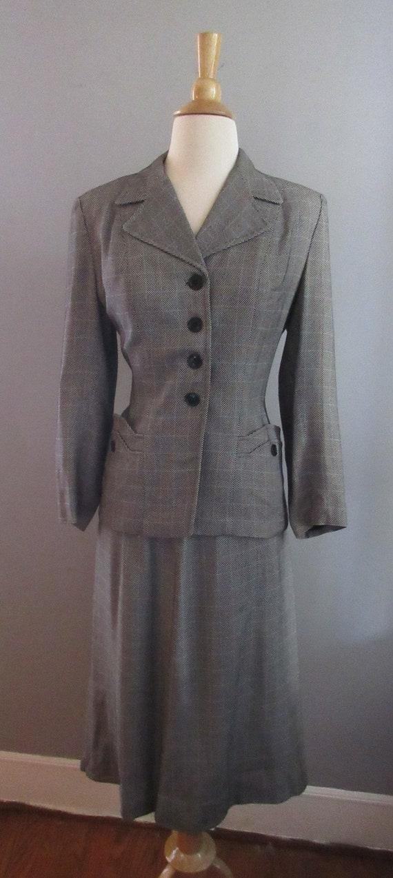 40s Joselli Plaid Skirt Suit - image 2