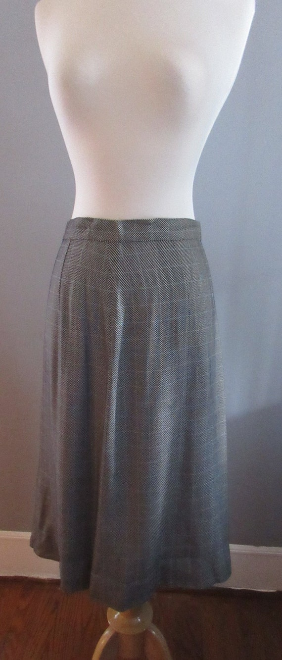 40s Joselli Plaid Skirt Suit - image 8