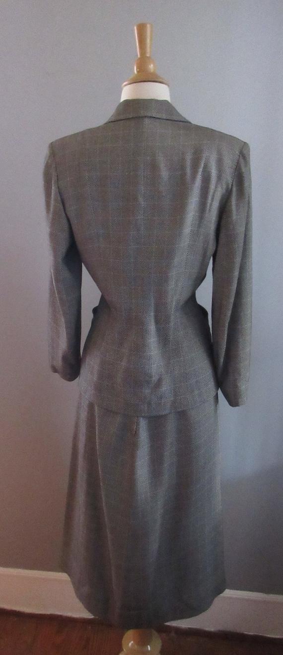 40s Joselli Plaid Skirt Suit - image 4