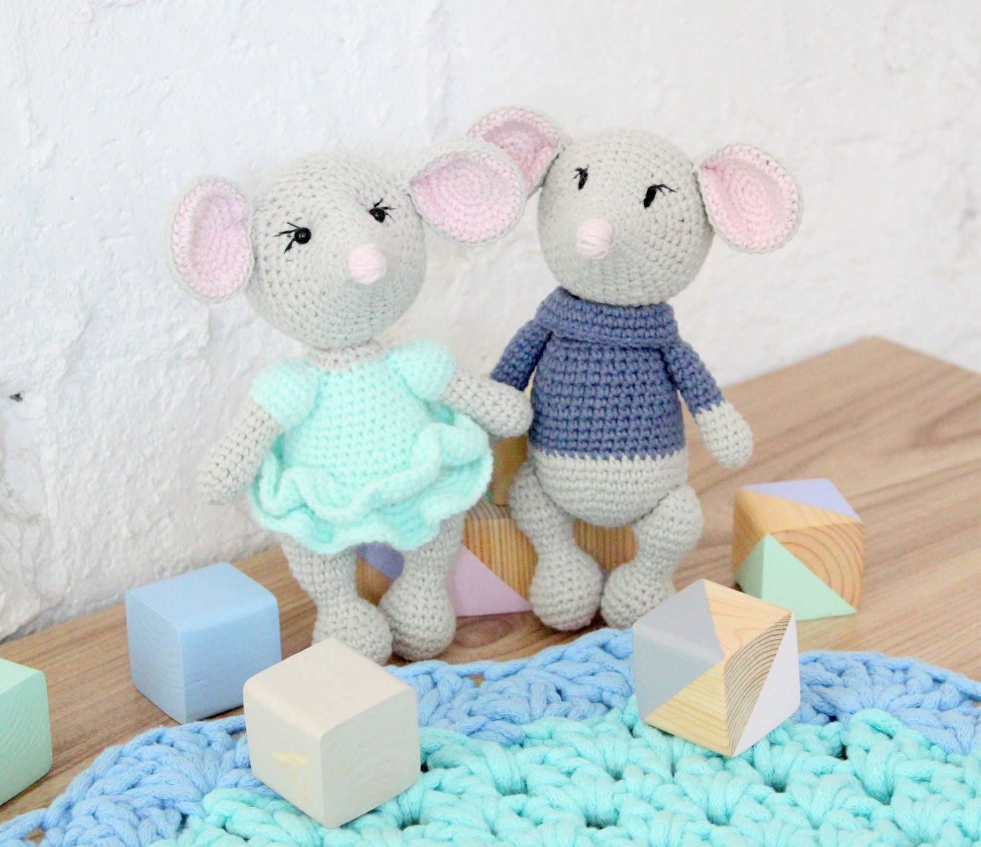 Amigurumi Mouse Crochet Pattern | Supergurumi | 1704x1972