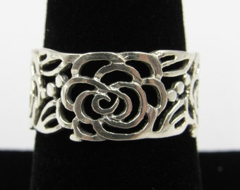 Antiques Silver Generous Vintage Flatware Handle Sterling Silver Ring Floral Ornate Size 7.5