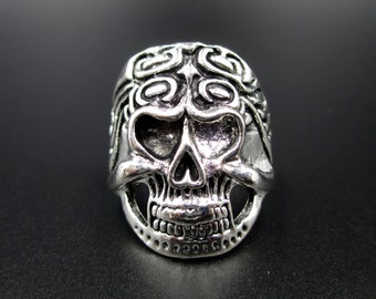 Big And Scary Skull Ring In Black