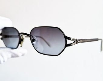 c8a2428d062 FENDI small vintage sunglasses rare oval squared octagonal steampunk frame  FENDISSIME F077 zipper temple arms new blue gray lenses NOS