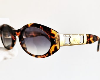 96ca11a4fb LAURA BIAGIOTTI vintage SUNGLASSES rare oval engraved gold rim tortoise brown  frame made in Italy Tupac supreme style retro hype new lenses