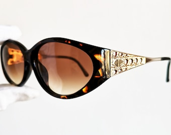 6ef67178d006 ... 5a38846ca29d DIOR vintage sunglasses rare oval tortoise gold French  style mask wrap made in Austria frame ...