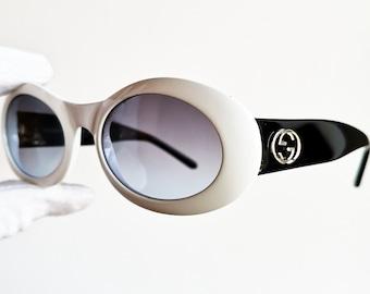 f13d5eba884 GUCCI vintage sunglasses rare oval off black white mask thick frame  GG2400 N S supreme moda wrap Kurt Cobain 90s new lenses LIMITED EDITION
