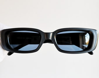 13f32096666 GUCCI vintage SUNGLASSES rare iridescent blue sideral gray palladium made  in Italy GG2409 N S oval rectangular frame supreme moda wrap 90s