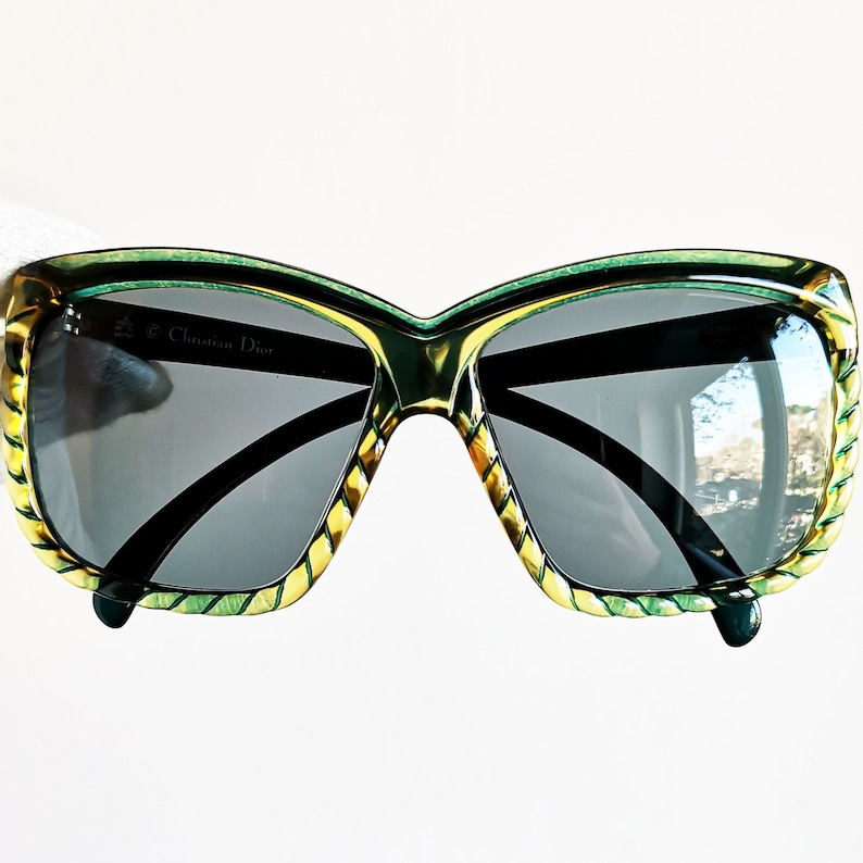 2d02f68391 DIOR vintage sunglasses rare squared green yellow Christian