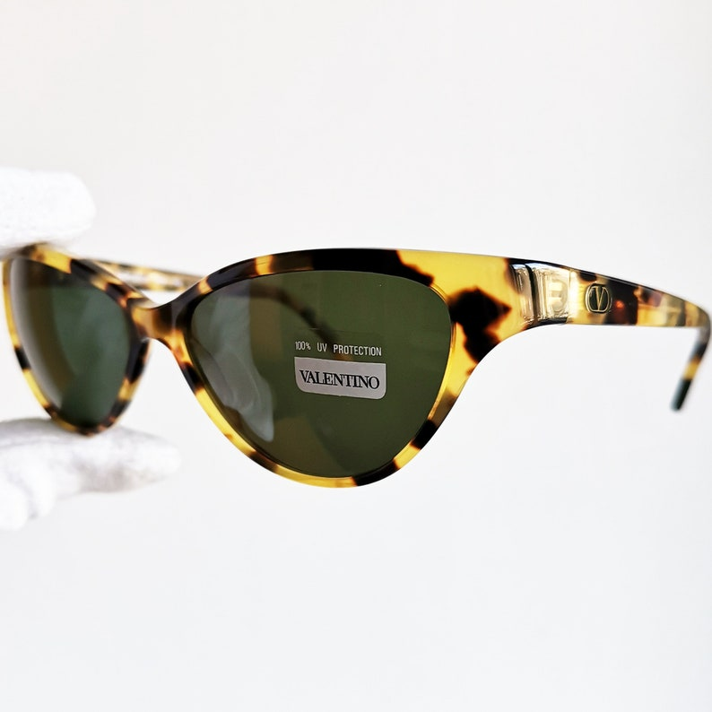 80c243558d VALENTINO occhiali da sole vintage vintage Rare ovale pin-up tartaruga  marrone made in Italy diva V606 rockabilly Rihanna Lady Gaga nuovo NOS -  VLTN