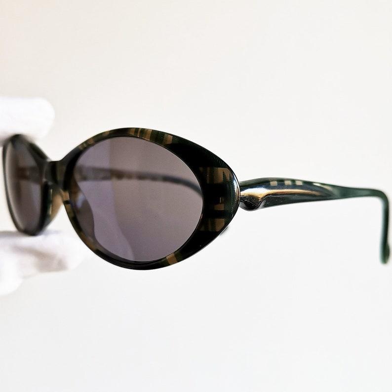 1acd4fd72b59e ALAIN MIKLI vintage Sunglasses rare oval green clear squared
