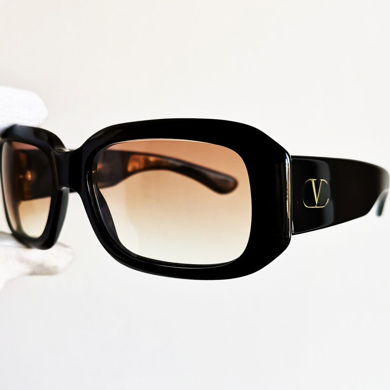 6827716cea2 VALENTINO vintage SUNGLASSES rare black mask squared wrap