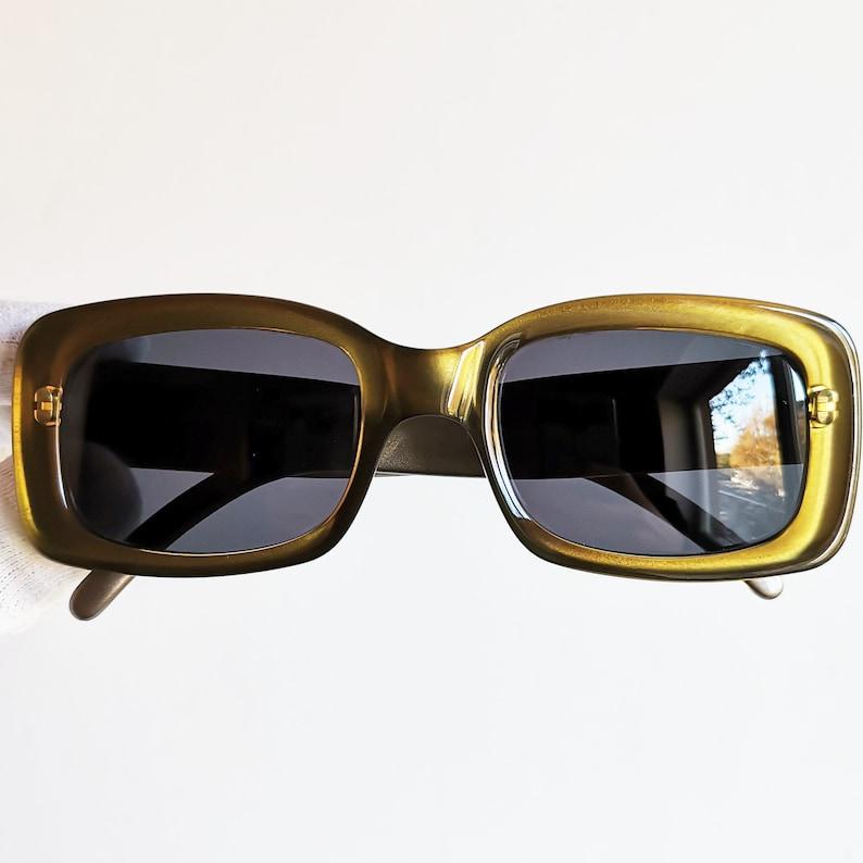 65fd7d486a882 GUCCI vintage sunglasses rare square gold green frame