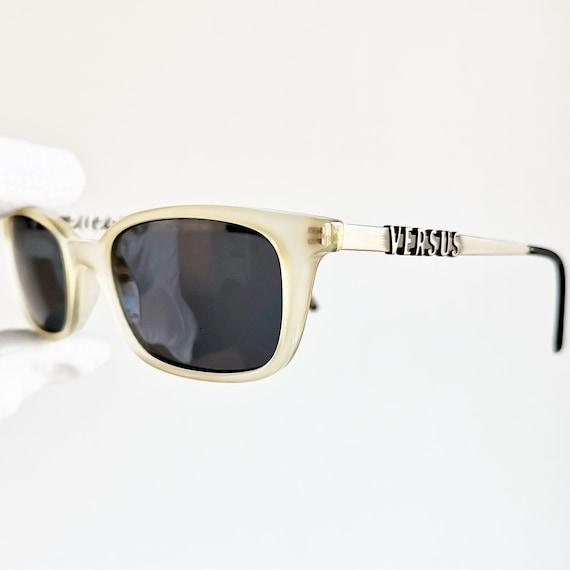 f3d6706a73e VERSACE vintage sunglasses rare rectangular genuine Gianni