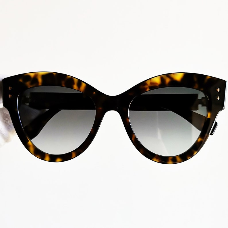 449459dfe7a5 FENDI SUNGLASSES oversize big cat eye PEEKABOO 2018 French