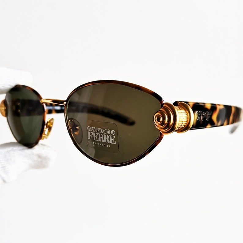 6d6873458321f FERRE vintage Sunglasses rare oval engraved gold tortoise