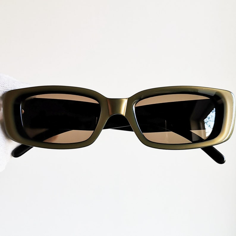 aef97a57d39 GUCCI vintage SUNGLASSES rare gold green rectangular made in