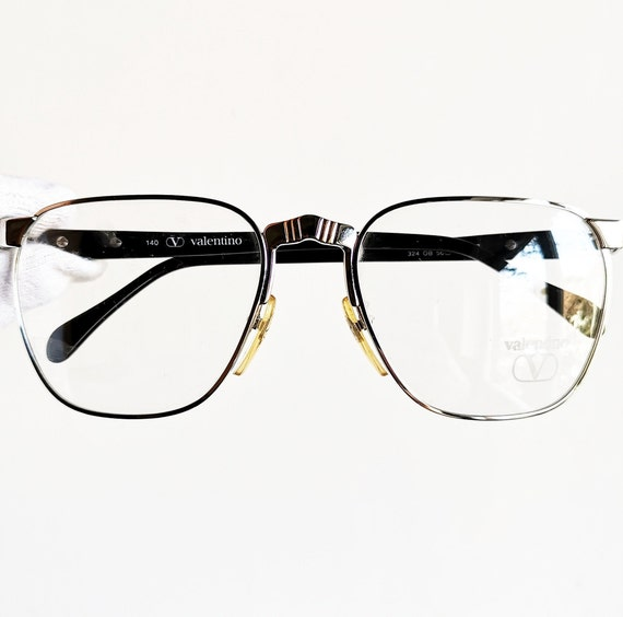 Vintage Eyewear Valentino V 437 authentic and rare hand made pantos round metal wiht demo lenses Made in Italy New Old Stock