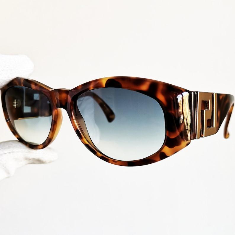 eb3a19eb19177 VERSACE vintage sunglasses rare T24 oval square wrap