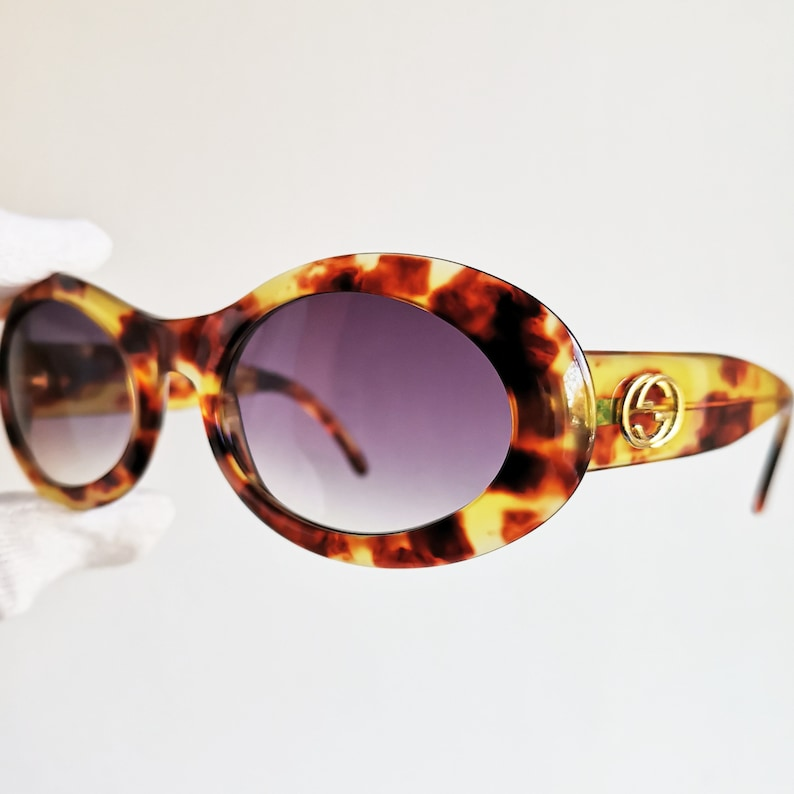 b4fde98607 GUCCI vintage sunglasses rare oval gold brown mask thick round