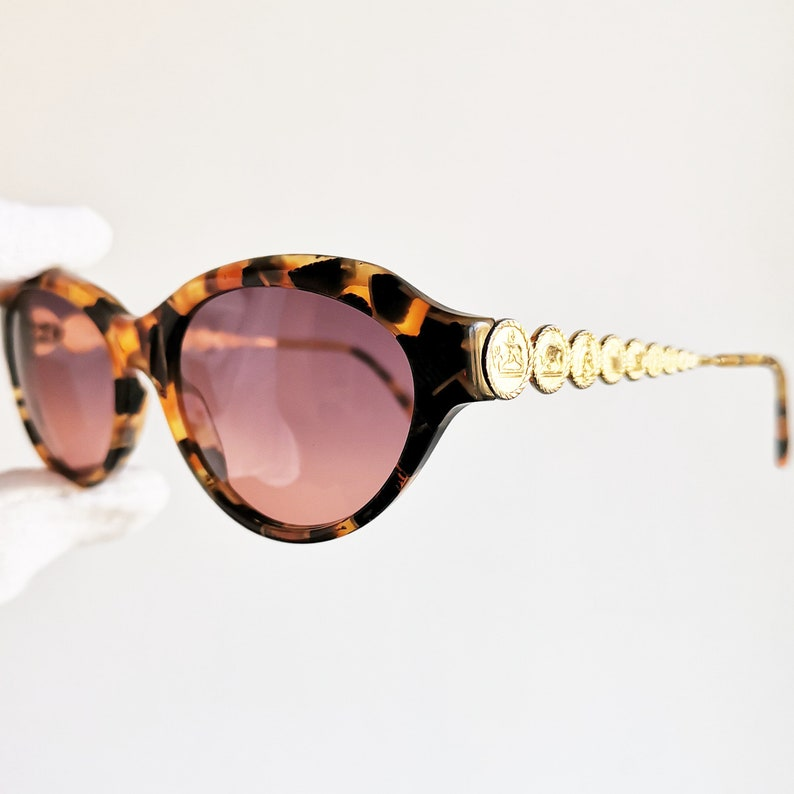 100042dc0bb8d FENDI vintage Sunglasses rare oval gold tortoise brown frame