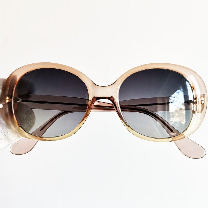 a3d0f04568 Kurt Cobain pink oval SUNGLASSES vintage rare clear supreme