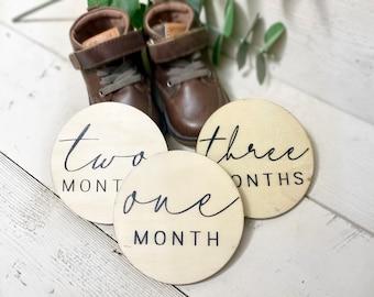 Wooden Monthly Milestone Discs, Baby Milestone Markers, Monthly Milestones For Photos, 1 Month-1 Year, Baby Shower Gift, Hand Painted