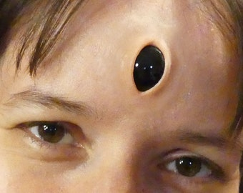 Wide Open Vertical Third Eye Prosthetic, Forehead Gem Prosthetic with glossy insert (in various colours) for cosplay (Alien, Demon, Rapper)