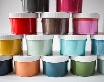 "Amy Howard ""Bergere Blue"" One Step Paint Sample Pot"
