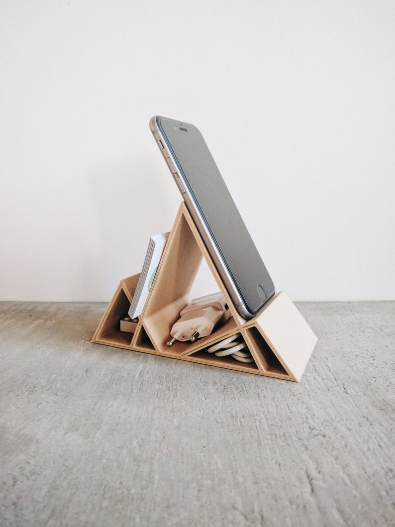 Wooden Minimalist Geometric Stand / Dock for iPhone 6 6S 6Plus image 0