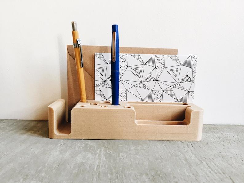 Organisateur de bureau design en bois minimaliste stand dock etsy