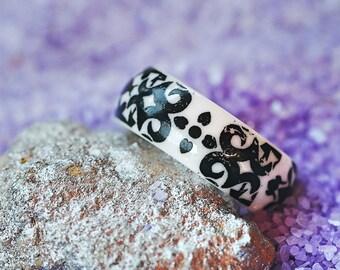 zirconium ceramic band ring _ black vine