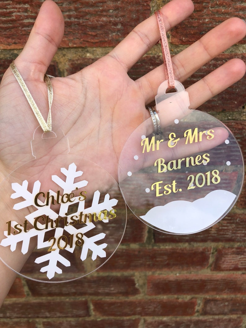 Christmas decorative flat acrylic personalised baubles 2 designs available. Any wording and choice of text colours