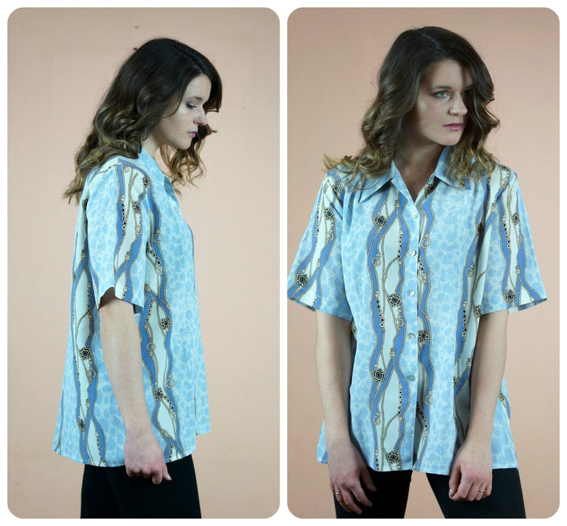 Beautiful Vintage blue and white shirt loose and Comfortable oversized Blouse abstract print from 80s