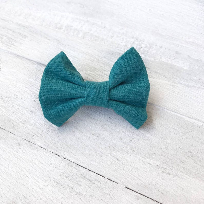 Nylon Headband Fabric Bow Baby Headband Newborn Bow Teal Hair Bow Green Bow Handtied Bow Girls Hair Bow Linen Bow Custom Baby Bow