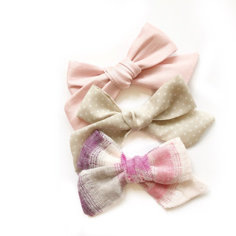 f81fce92ca8af Baby Girl Bows | Baby Bow Set | Newborn Bows | Baby Bows | Pink Bow | Linen  Bow | Newborn Headband | Summer Chic Bows | Dainty Bows | Girly