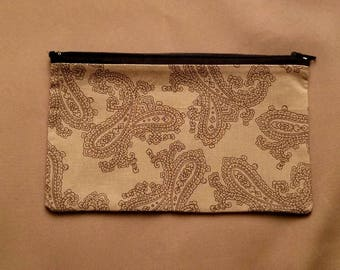 Makeup Bag | Cosmetics Bag | Zipper Pouch | Makeup Pouch | Cosmetics Accessory Pouch | Purse Organizer in Gray Paisley Pattern