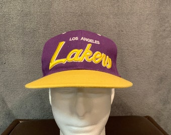 e022590c2d3 VIntage Los Angeles Lakers Snapback Hat Mitchell   Ness