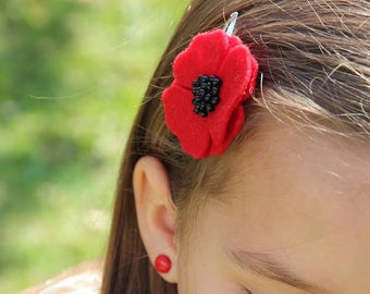 Red Poppy hair clips for women, White Poppy hair clips, Poppy hair accessory, Womens hair clips, poppy hair pins, red flower hair / set of 2