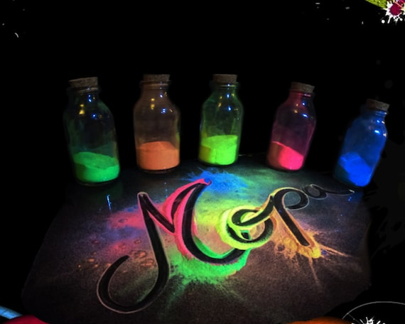 Pink Neon Glow in the Dark Pigment Powder for Paint,Nail,Art,Crafts,Acrylic